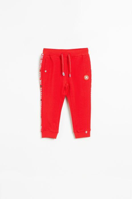 Spodnie dresowe w kolorze czerwonym z aplikacją na nogawce