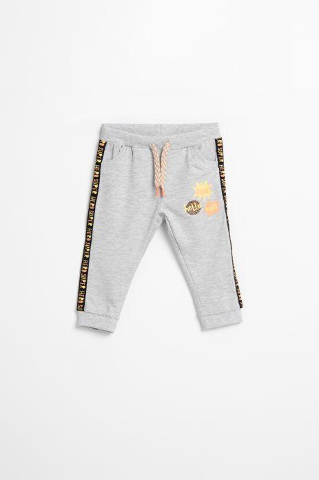 Spodnie dresowe w kolorze szarym z aplikacjami na nogawce